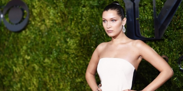 Bella Hadid Story - Bio, Facts, Networth, Home, Family, Auto | Famous ...