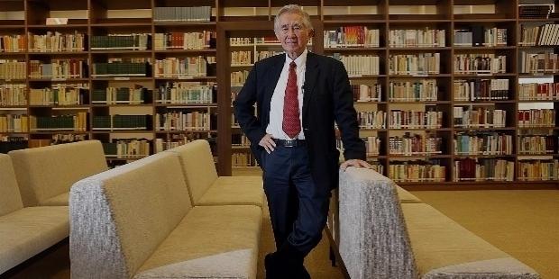 DR. LIU THAI KER: