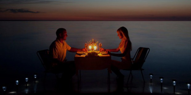 13 very romantic dinner date ideas for two