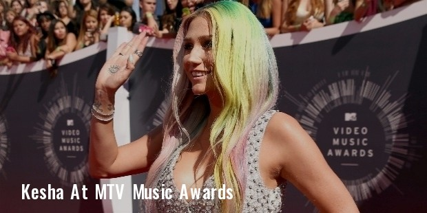 2014 mtv video music awards red carpet 1  1