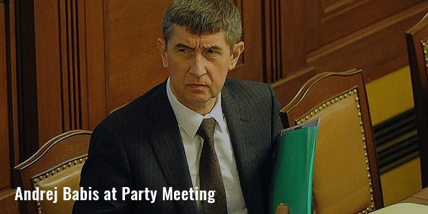 andrej babis at party meeting