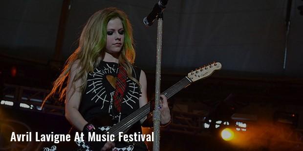 avril lavigne at music festival