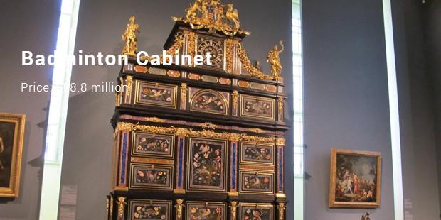 badminton cabinet