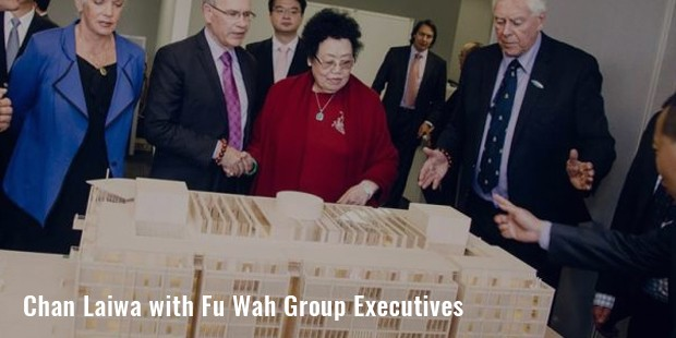chan laiwa with fu wah group executives