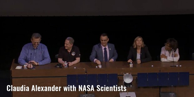 claudia alexander with nasa scientists