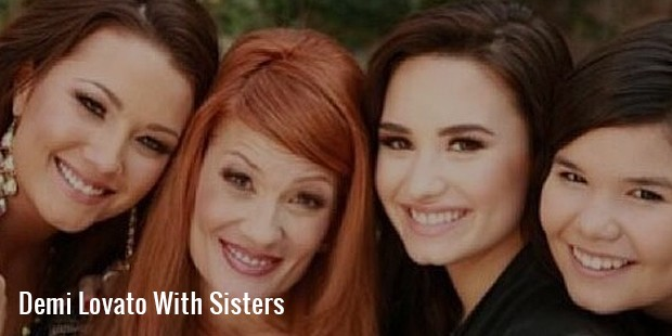 demi lovato with sisters