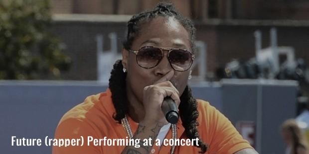 future  rapper  performing at a concert