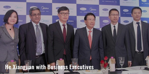 he xiangjian with business executives