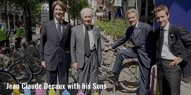 jean claude decaux with his sons
