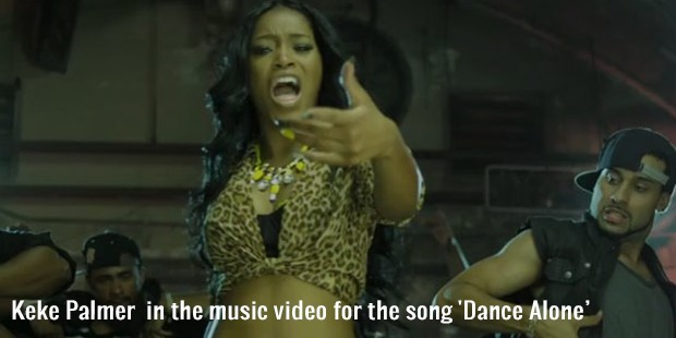 keke palmer  in the music video for the song  dance alone