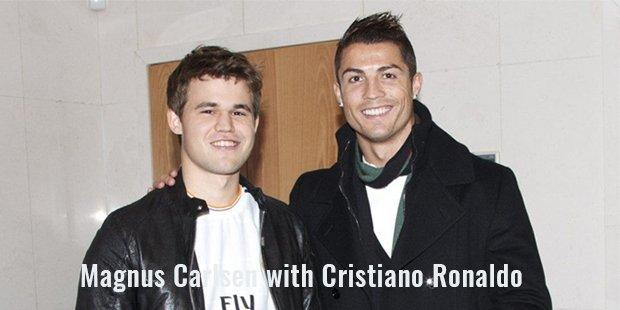 magnus carlsen with cristiano ronaldo