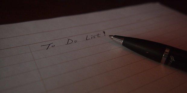 "make a ""to do"" list"