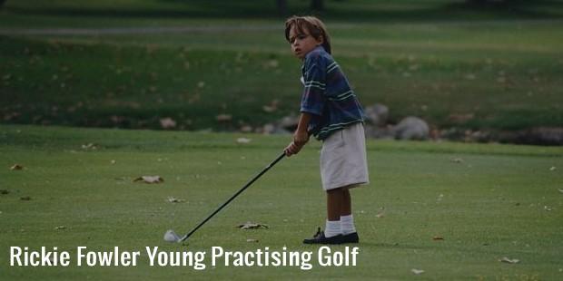 rickie fowler young practising golf