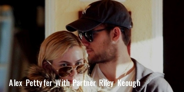 alex pettyfer and riley keough