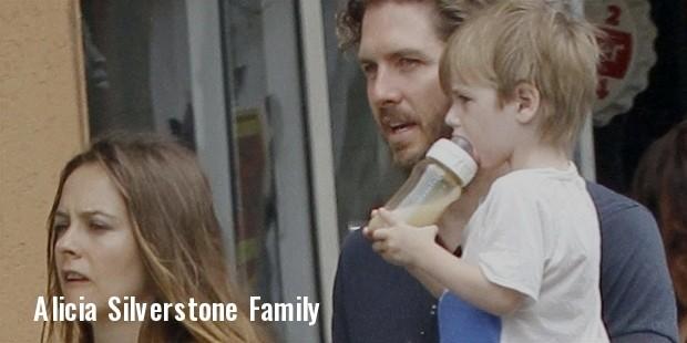 alicia silvarstone family
