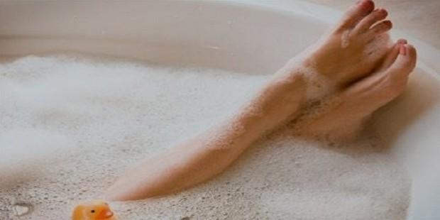 bubble bath self indulgence relax woman