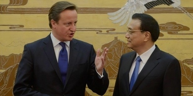 david cameron, left, with chinese premier li keqiang in beijing