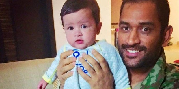 dhoni with zavi