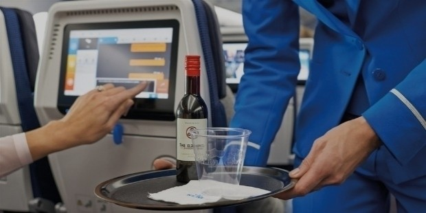 free alcohol on a plane