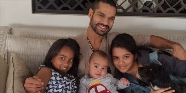 indian cricketer shikhar dhawan family photos 10