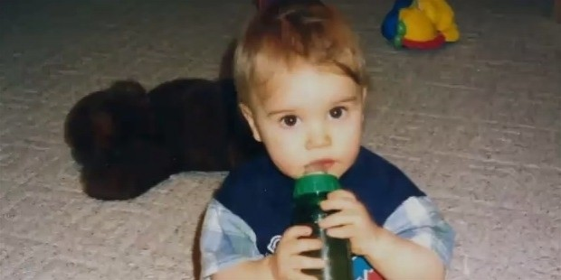 childhood of justin bieber