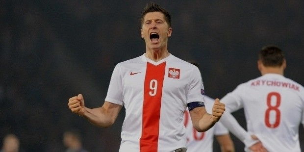 lewandowski poland debut