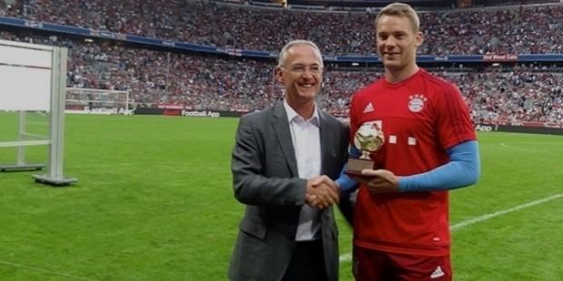 manuel neuer award