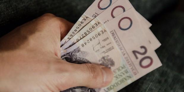 money 256308