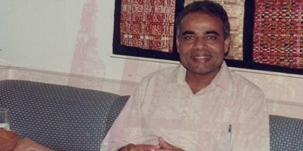 narendra modi young