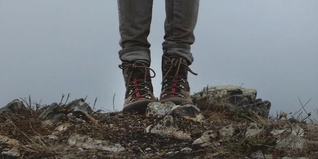 stamping feet