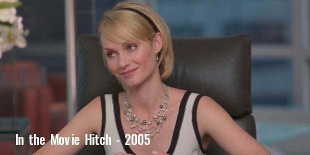 still of amber valletta in hitch din guide till en lyckad date  2005