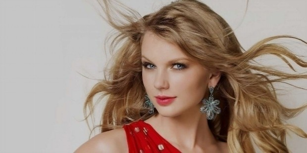 taylor swift 1487233309 - Top Celebrity Females
