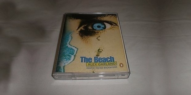 the beach book by alex garland