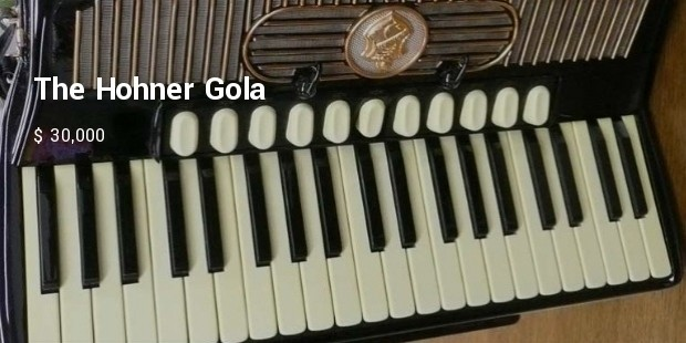 the hohner gola