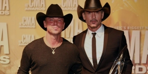 tim mc graw at cma awards