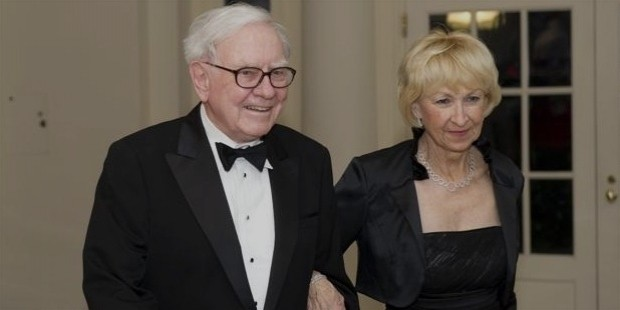 warren buffet wife