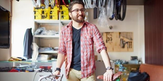 8 Ways to Become a Good Salesman
