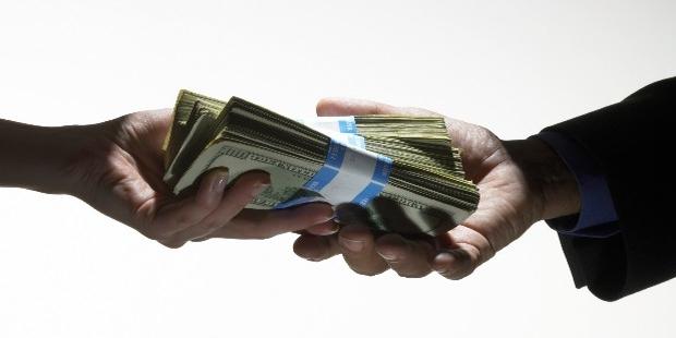 7 Ways to Live Like a Millionaire