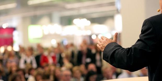 7 Speaking Qualities All Leaders Have