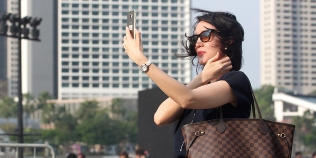 7 Signs that Indicate You are Self-Absorbed