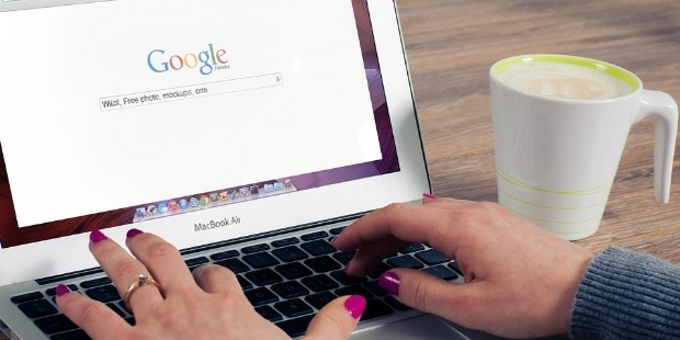 How To Convert Web-Viewers To Potential Buyers