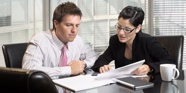 Five Important Reasons Why Your Business Needs a Legal Counsel