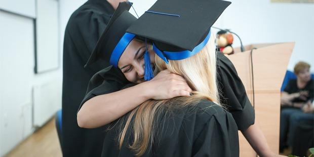 7 Invaluable Tips for Fresh Graduates