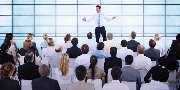 Public Speaking for Success 101: The Secrets on Writing and Delivering a Great Speech