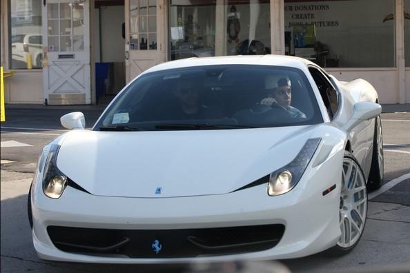 Justin driving His Ferrari 458 Italia