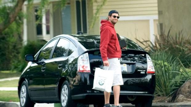 Bradley Cooper Auto
