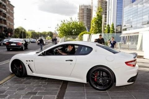 Zlatan Ibrahimovic owns a white Maserati Grand Tourismo