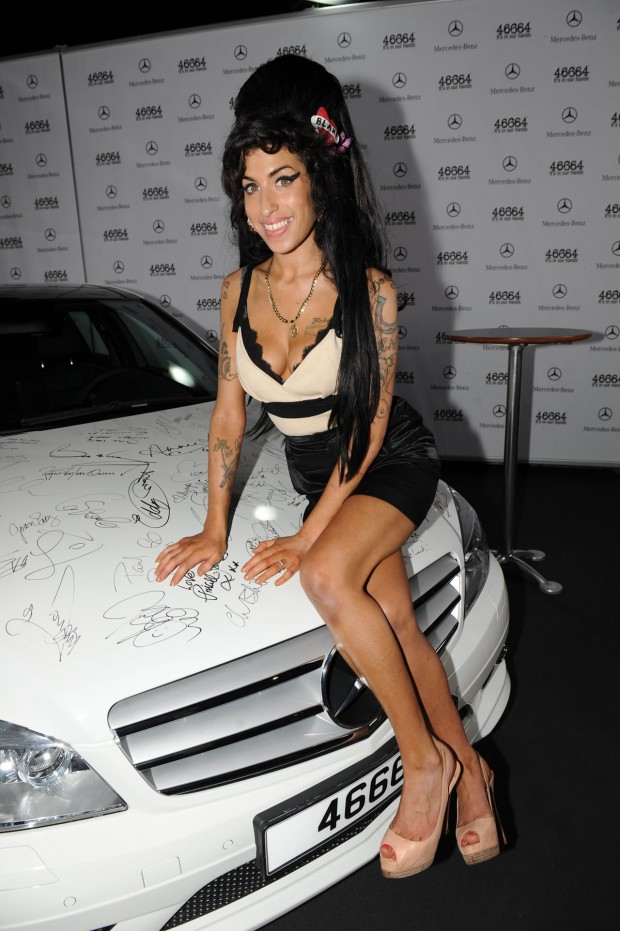 Amy Winehouse Car Mercedes Benz C350