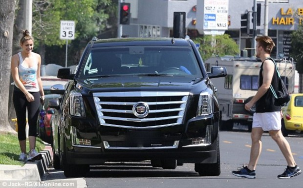 Paris Jackson with her Car