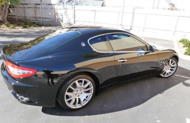 Derrick Rose Sports Car